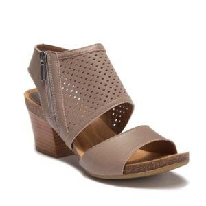 NEW Söfft Montrose Platino Perforated Clog Sandal